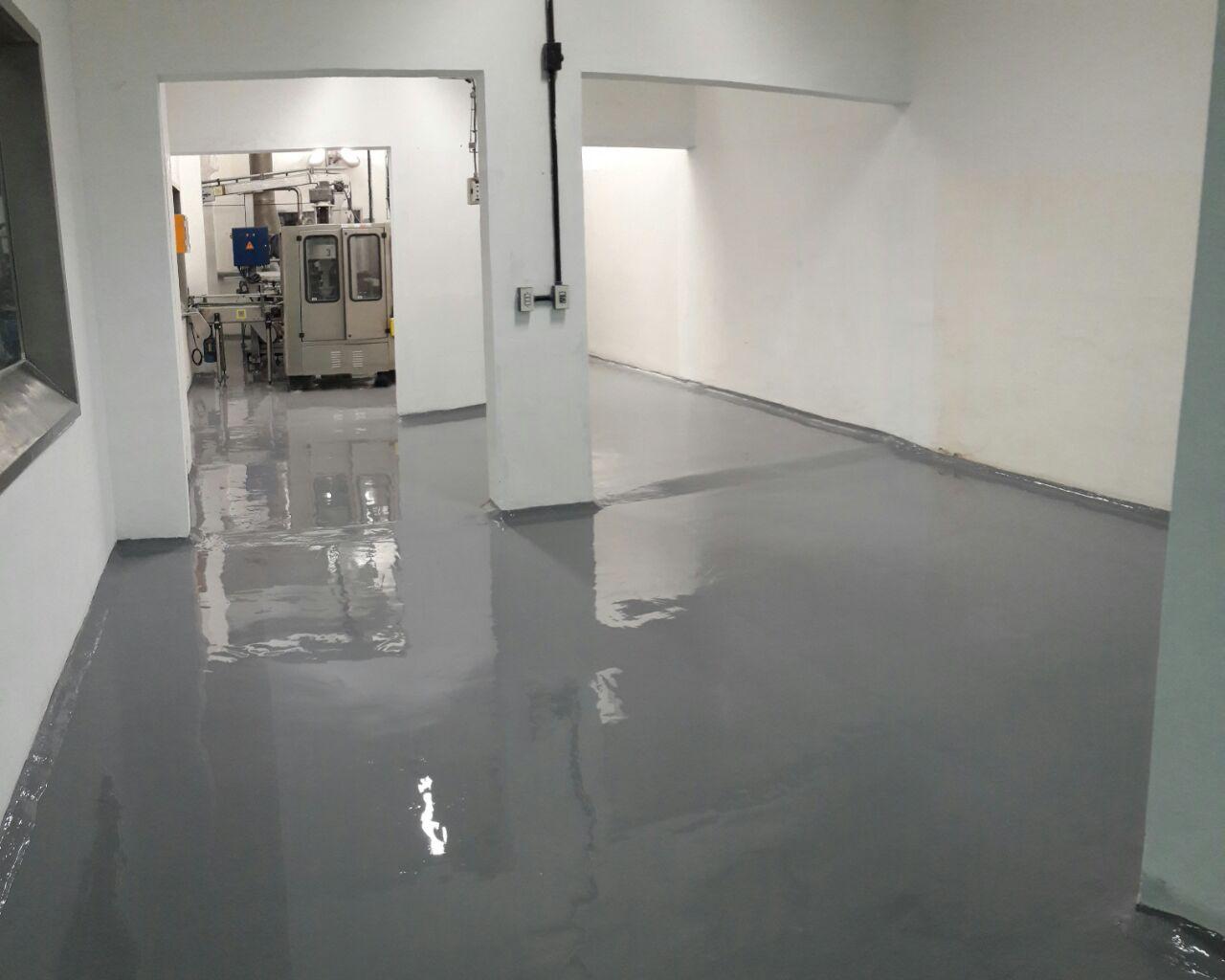 Refuncionalizacion de sctores y nuevas aduanas. ALbañileria, pisos industriales e instalaciones varias. COM. Nestle. 2017